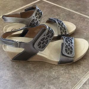Women's Clark's Bendables Alto  Sandals 8.5M
